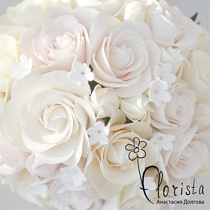 как закручивать серединку цветка, как тонко раскатывать глину - все это нужно учитывать при лепке, чтобы получился красивый, реалистичный цветок