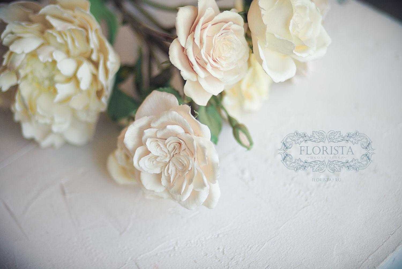 Розы из глины